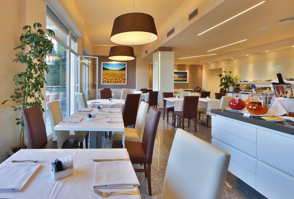 Hotel Tigullio Royal sala colazioni